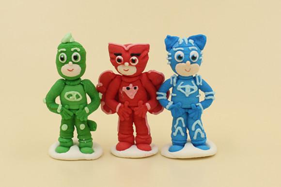Герої в масках тріо